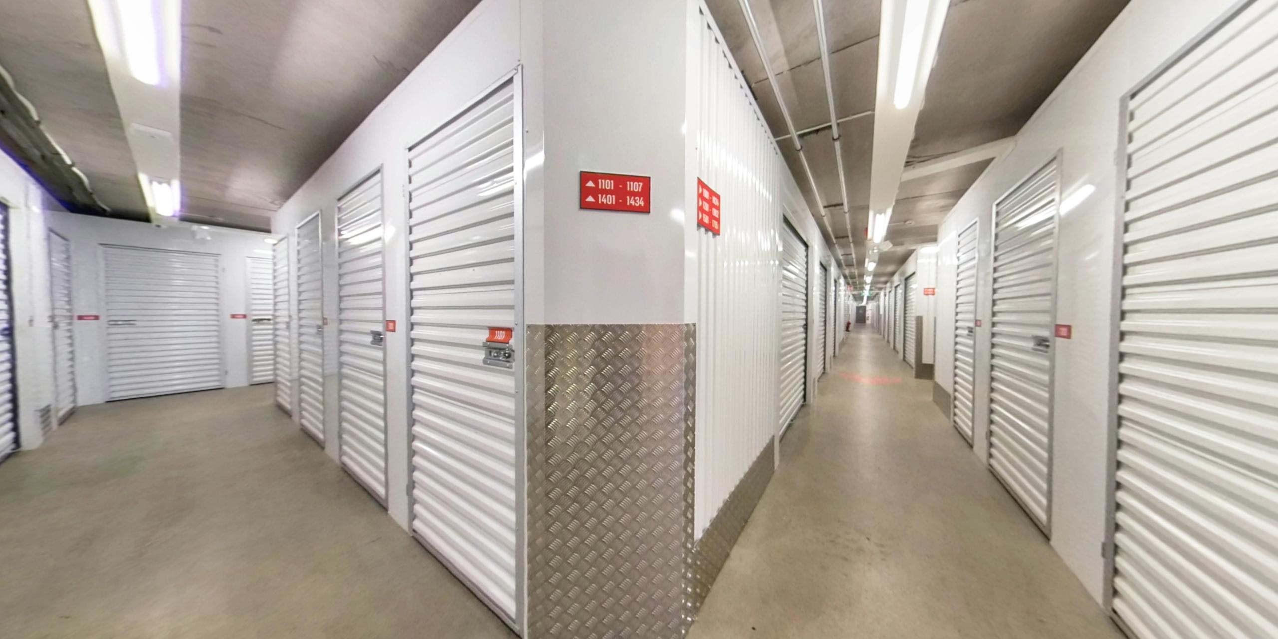 24 storage 360 view