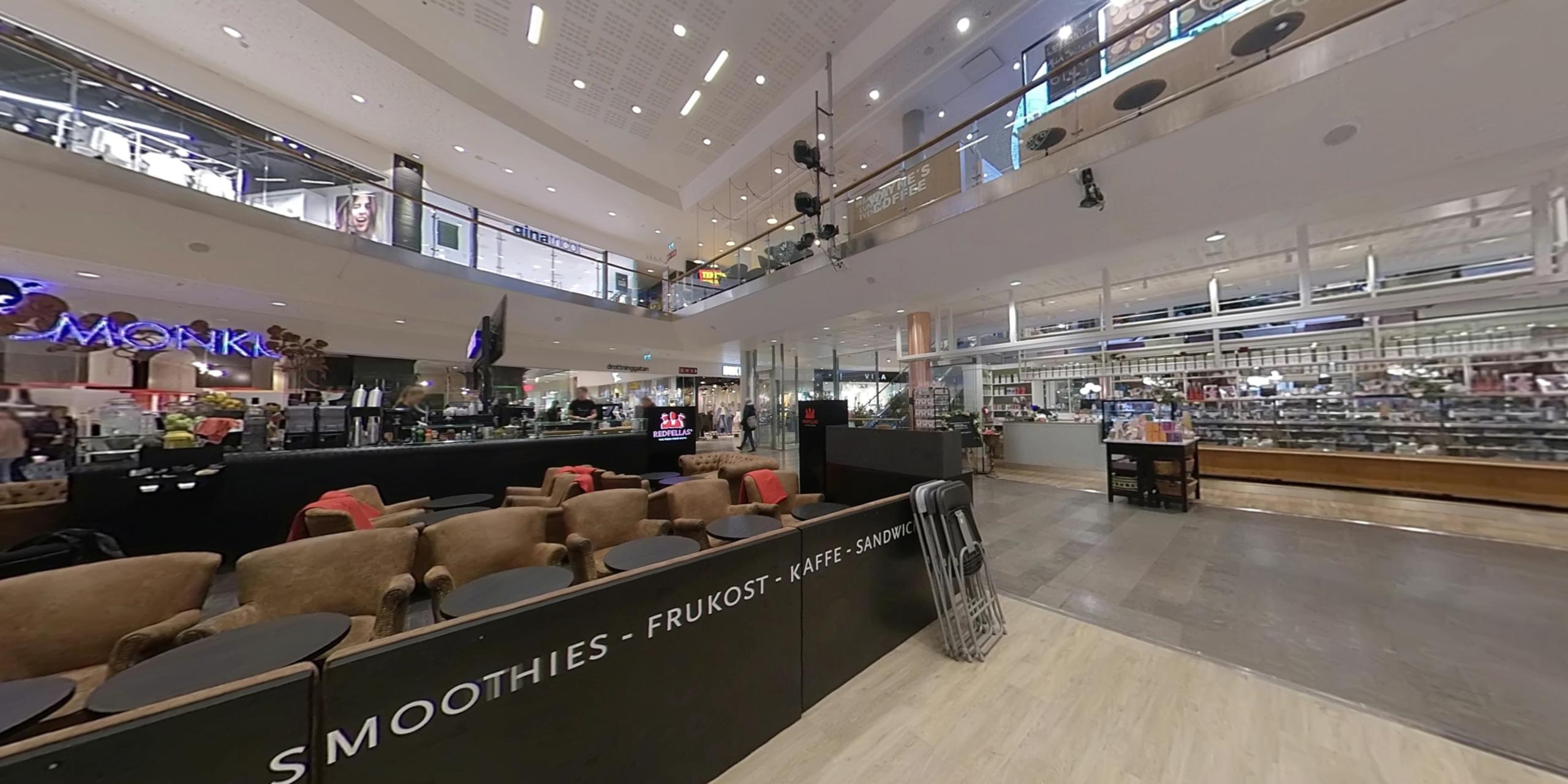 Mitt I city shopping center 360
